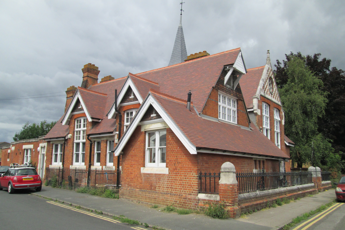 Thameside Youth Arts Centre - West End Group